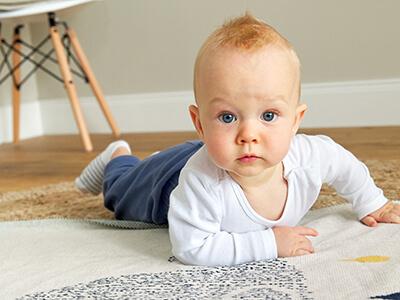 LAESSIG-Kindersicheres-zuhause-Tipps-fuer-Eltern-von-Babys-und-Kleinkindern-Sicherheit