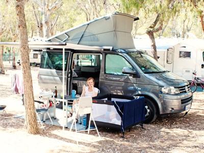 LAESSIG-Reisen-in-der-Elternzeit-Camping-Freude-fuer-die-ganze-Familie