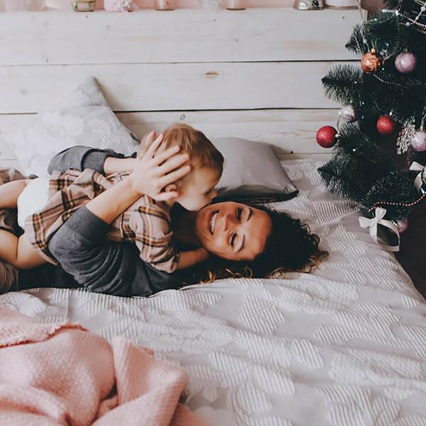 LAESSIG-Weihnachten-mit-Baby-und-Kleinkind