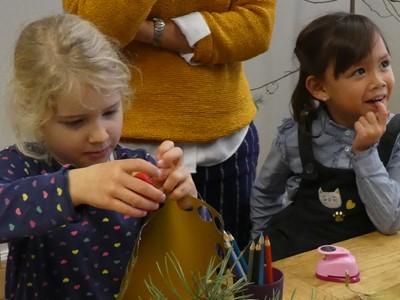 LAESSIG-Weihnachten-Geschenk-Basteln-Stanzen