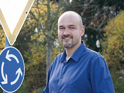 LAESSIG-Sicher-und-sichtbar-auf-dem-Schulweg-Matthias-Weiss