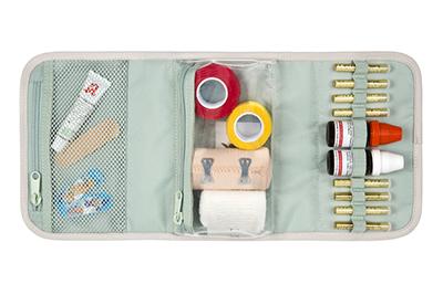 LAESSIG-Expertentipp-Baby-Erstausstattung-Erstehilfe-Kit-innen