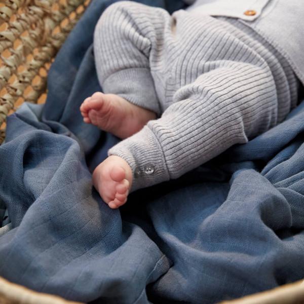 LAESSIG-erstes-Babyjahr-Meilensteine-Tipps-Eltern