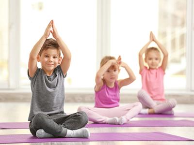 LAESSIG-Yoga-Love-Yoga-mit-Kindern