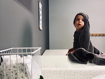 LAESSIG-Kindersicheres-zuhause-Tipps-fuer-Eltern-von-Babys-und-Kleinkindern
