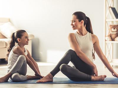 LAESSIG-Yoga-Love-Tipps-zu-Yoga-mit-Kindern-Schule
