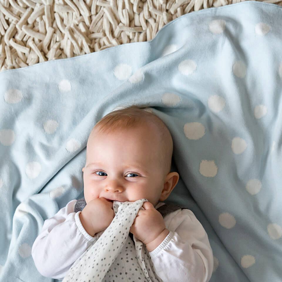 LAESSIG-Checkliste-Erstausstattung-Baby