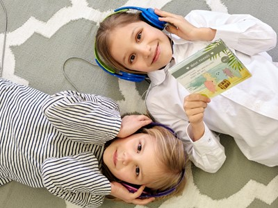 LAESSIG-Kinderkollektion-About-Friends-H-orspiel-CD