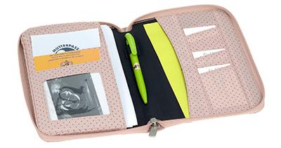 LAESSIG-Mutterpasshuelle-Document-Pouch-Praktisches-Accessoire-in-der-Schwangeschaft-und-danach