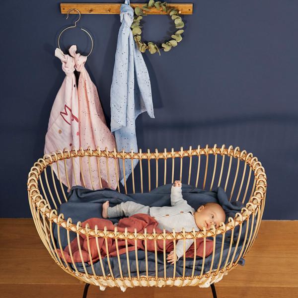 LAESSIG-Mulltuch-Spucktuch-Babydecke-wichtige-Begleiter-im-Babyalltag