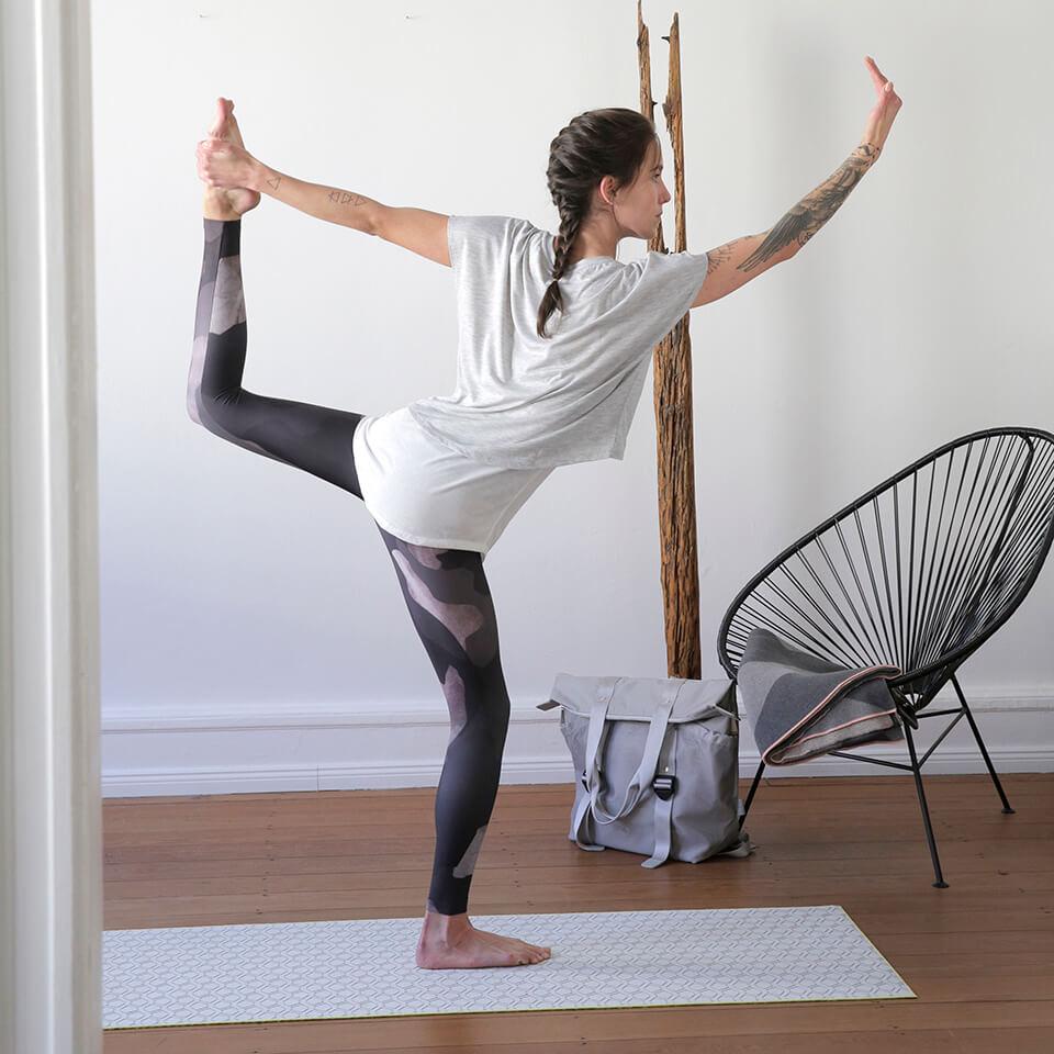 LAESSIG-Yoga-love-Asana-Taenzer-Tipps-zur-Entspannung