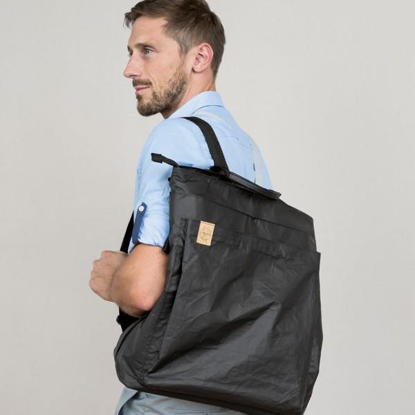 LAESSIG-Red-Dot-Award-Tyve-Backpack